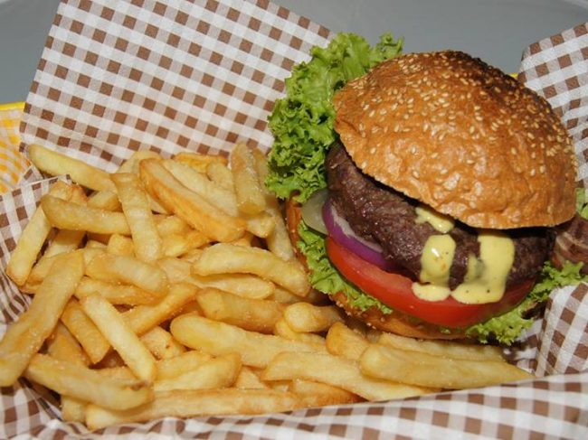 Burger vs Kebab